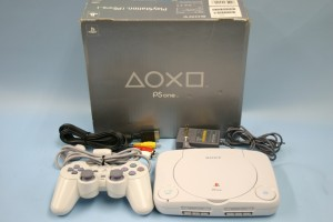 SONY PS one(SCPH-100)