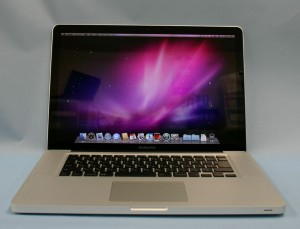 Apple ノートパソコン MacBook Pro(MC371J/A)