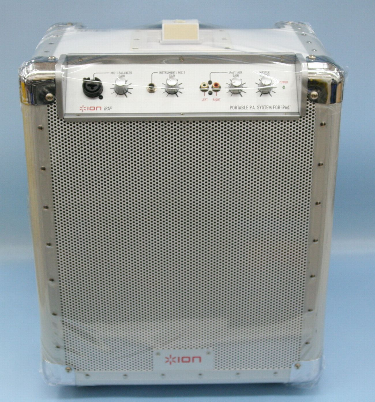ION iPod用充電式ポータブルPAシステム(iPA03)