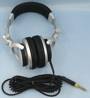 SONY ヘッドホン MDR-Z700