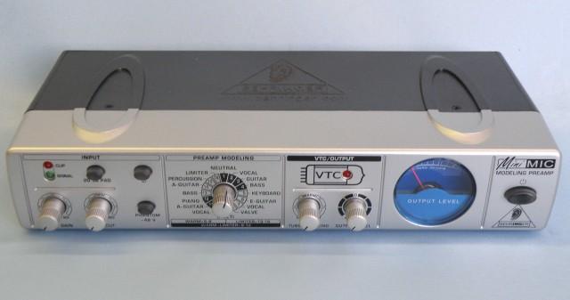 BEHRINGER マイクアンプ MIC800