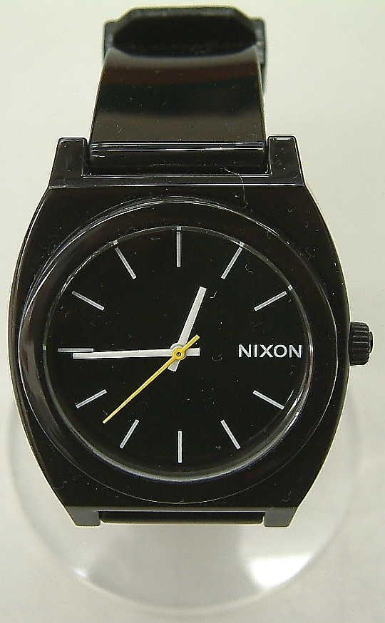 NIXON 腕時計