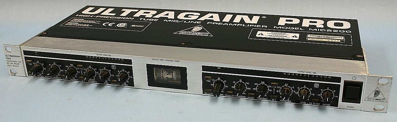 BEHRINGER マイクプリアンプ MIC2200