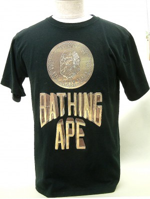 A BATHING APE Tシャツ