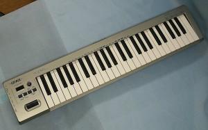 EDIROL MIDIキーボードコントローラー PC-50