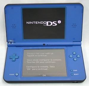 Nintendo DSi XL UTL-001(USA)