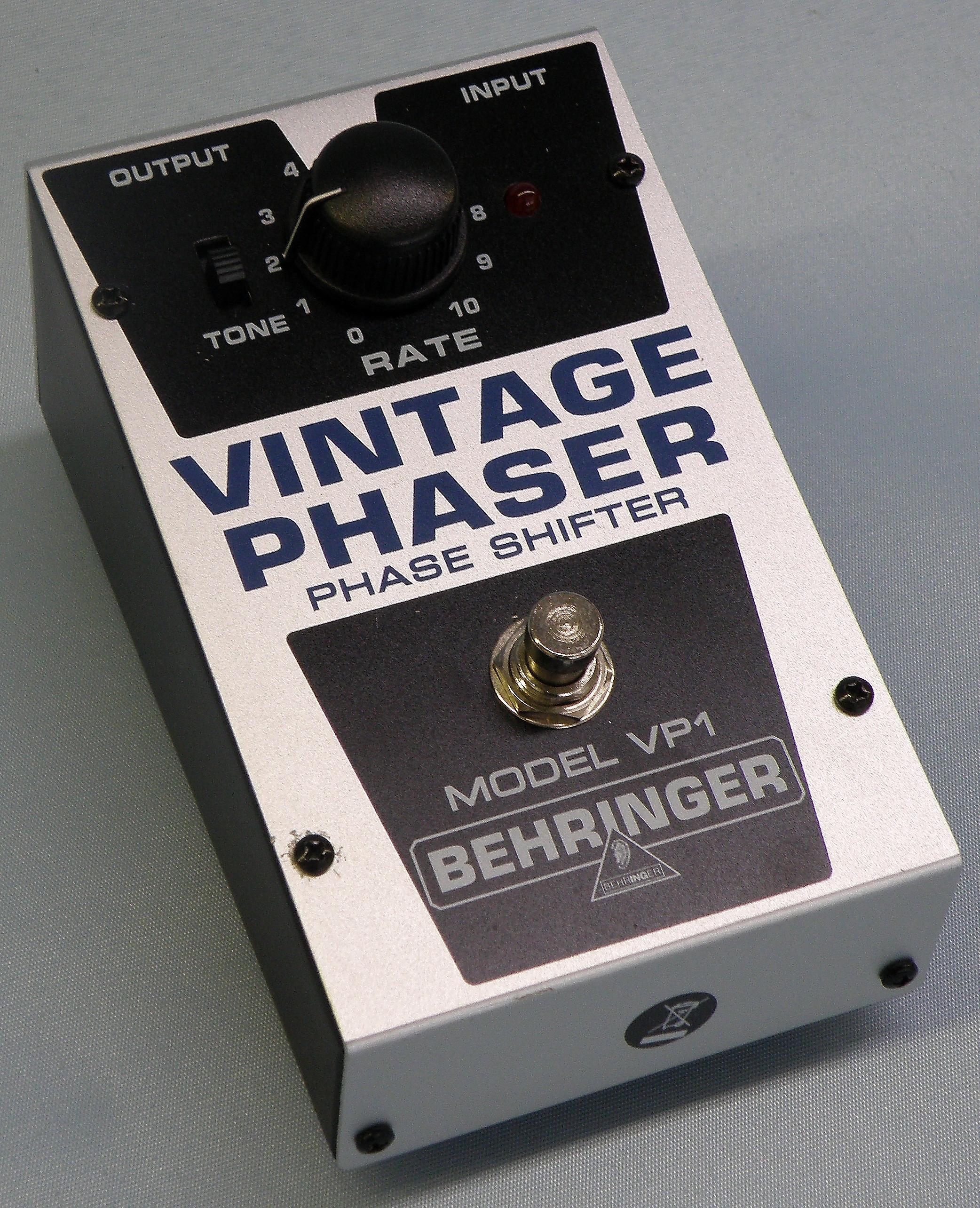 BEHRINGER エフェクター VP1