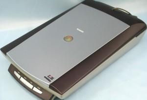 Canon スキャナ CanoScan 8000F