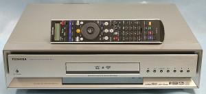 東芝 DVDレコーダー RD-Z1