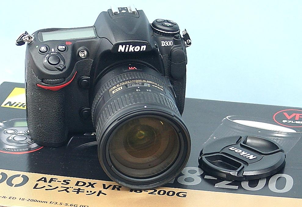 Nikon デジタル一眼カメラ+レンズ D300+AF-S DX VR 18-200G