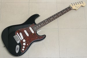 Fender USA エレキギター VG Stratocaster