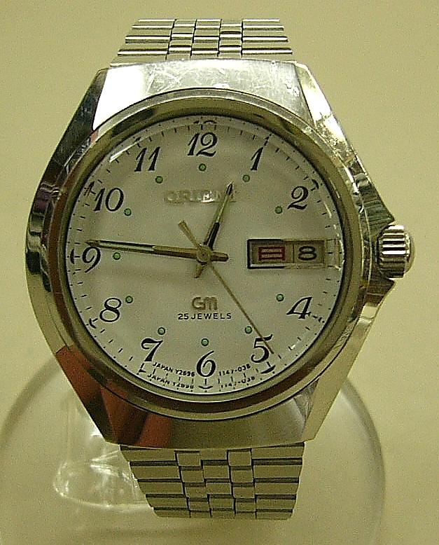 ORIENT 自動巻き腕時計 GM25