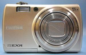 FUJIFILM デジタルカメラ FinePix F200 EXR