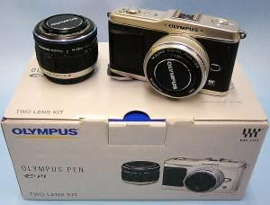 OLYMPUS マイクロ一眼カメラ E-P/ツインレンズキット
