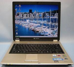 東芝 ノートパソコン dynabook AX/550LS