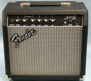 Fender ギターアンプ Frontman 15G