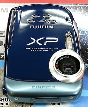 FUJIFILM コンパクトデジタルカメラ FinePix XP10
