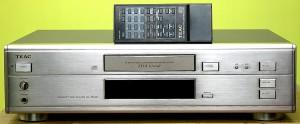 TEAC CDプレーヤー CD-Z5000
