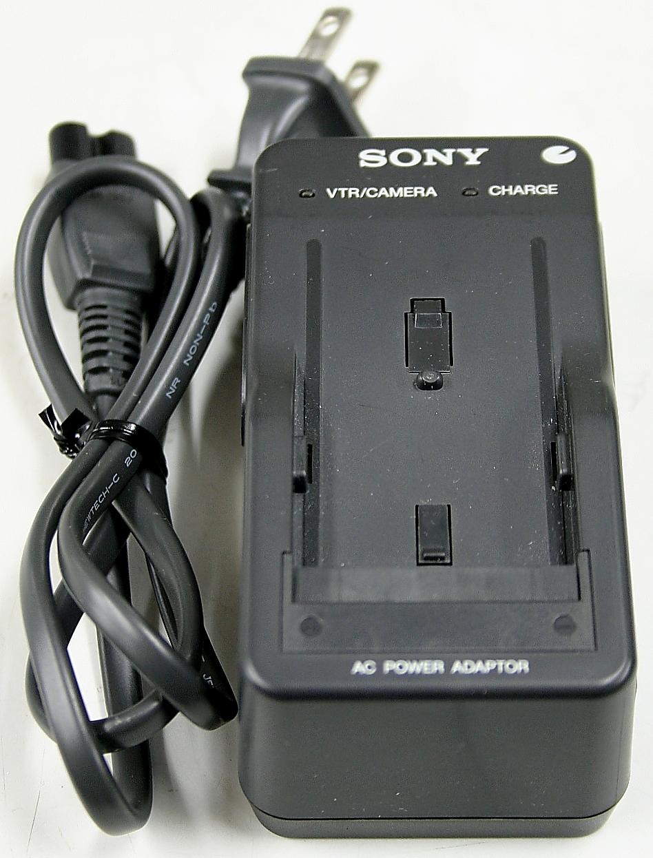 SONY ハンディカム用充電器 AC-V615