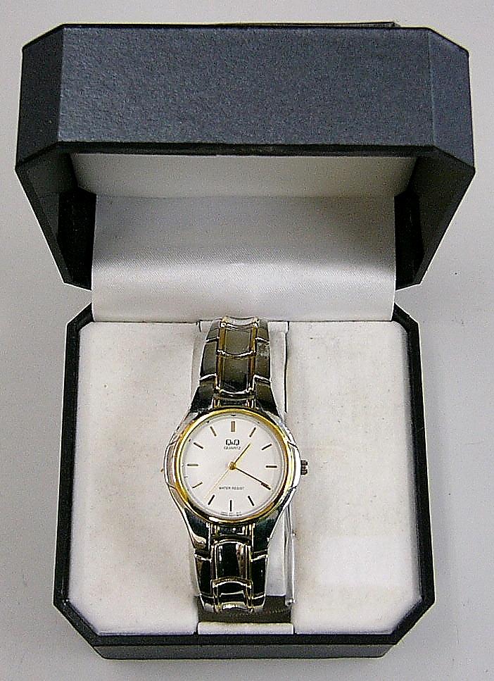 Q&Q 腕時計