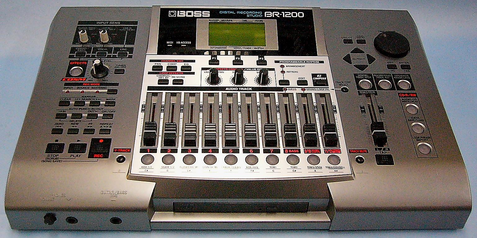 BOSS デジタルレコーディングスタジオ BR-1200CD