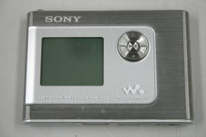 SONY NETWORK WALKMAN 20GB NW-HD2