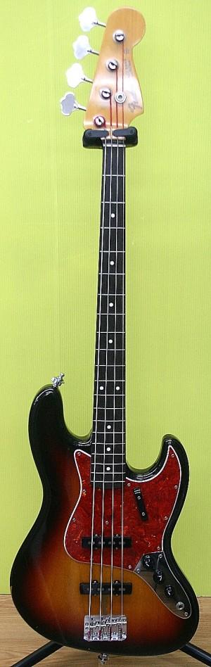 Fender Japan エレキベース JB62-115