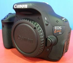 Canon デジタル一眼カメラ EOS Kiss X5