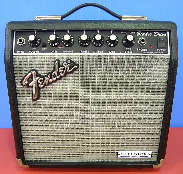 Fender ギターアンプ SD-15CE