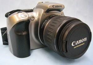 Canon デジタル一眼カメラ EOS Kiss Digital+レンズ