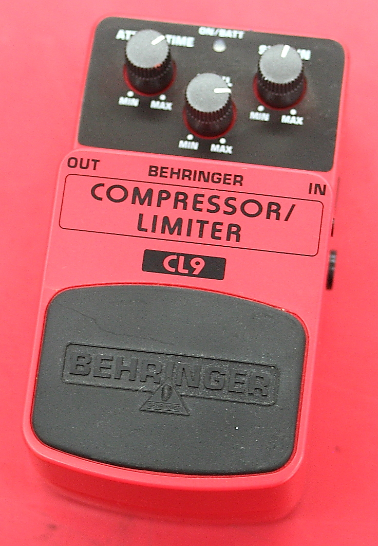 BEHRINGER コンプレッサー CL9
