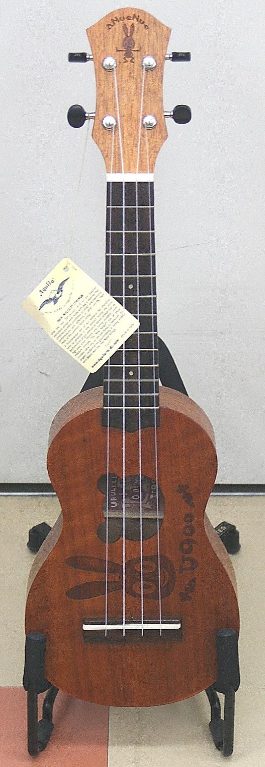 アヌエヌエ ウクレレ U900 うさぎのウーモデル/ひょうたん型