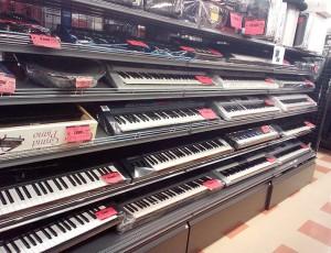 電子ピアノ・キーボード売場ただいま充実中|名古屋・三河の総合リサイクルショップ ハードオフ三河安城店