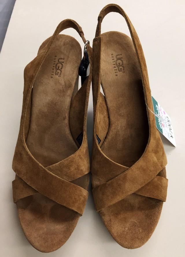 UGG靴  オフハウス西尾店