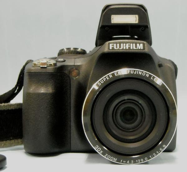 FUJIFILM デジタルカメラ FinePix SL300| ハードオフ西尾店