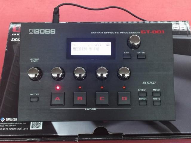 BOSS マルチエフェクター GT-001| ハードオフ豊田上郷店