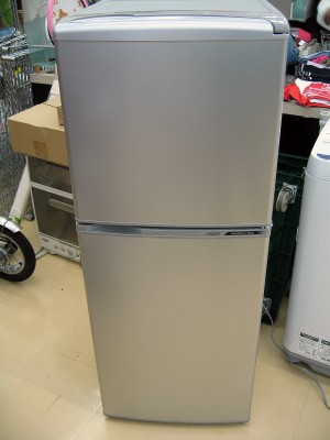 2015年式!AQUA137リットル冷蔵庫入荷!!| オフハウス三河安城店