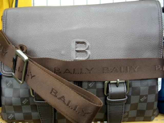 BALLY ショルダーバッグ| オフハウス三河安城店