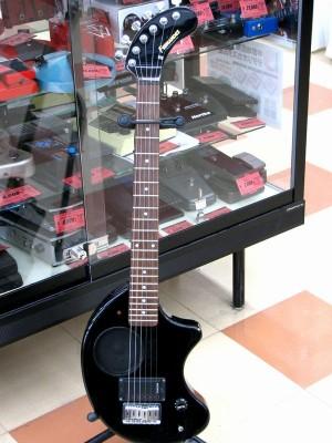 FERNANDES アンプ内蔵ギター ZO-3 SHADOW| ハードオフ三河安城店