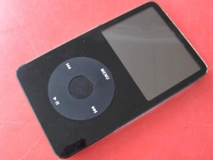 Apple iPod Classic MA147J/A 60GB| ハードオフ三河安城店
