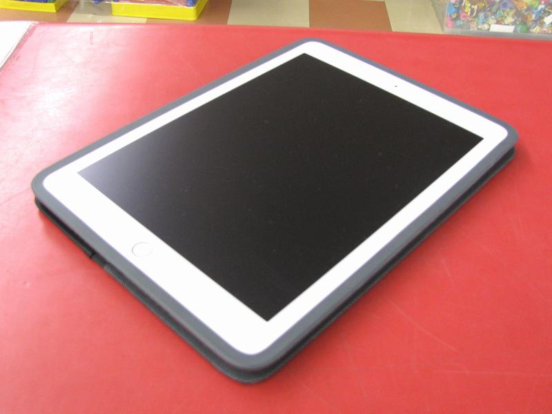 au Apple iPad Air2 MH1C2J/A 16GB  ハードオフ三河安城店