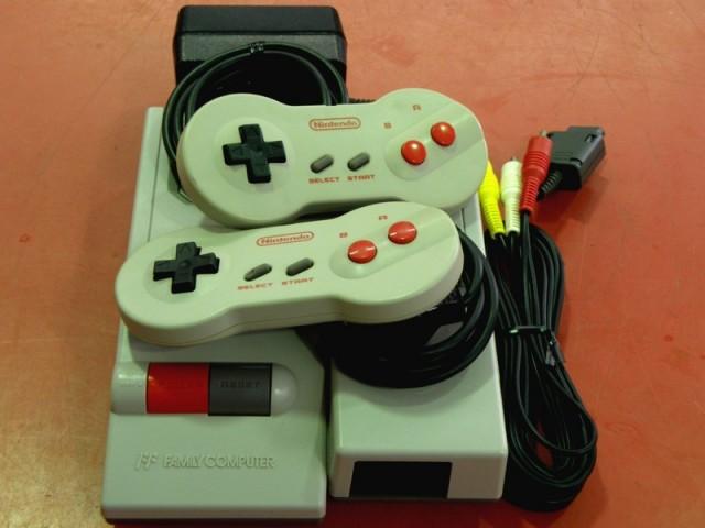 Nintendo New ファミコン HVC-101| ハードオフ安城店