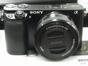 SONY ミラーレス一眼カメラ α6000| ハードオフ西尾店