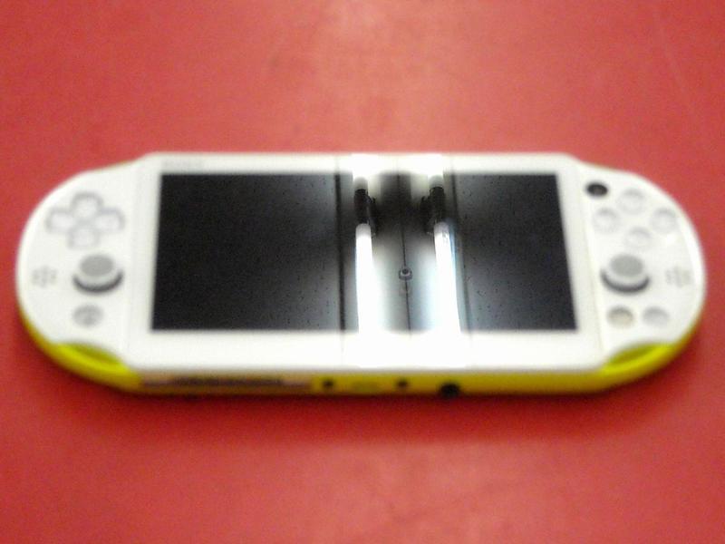 SONY PS Vita PCH-2000  ハードオフ西尾店