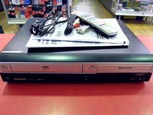 Panasonic VHS一体型DVDレコーダー DMR-XW200V| ハードオフ安城店