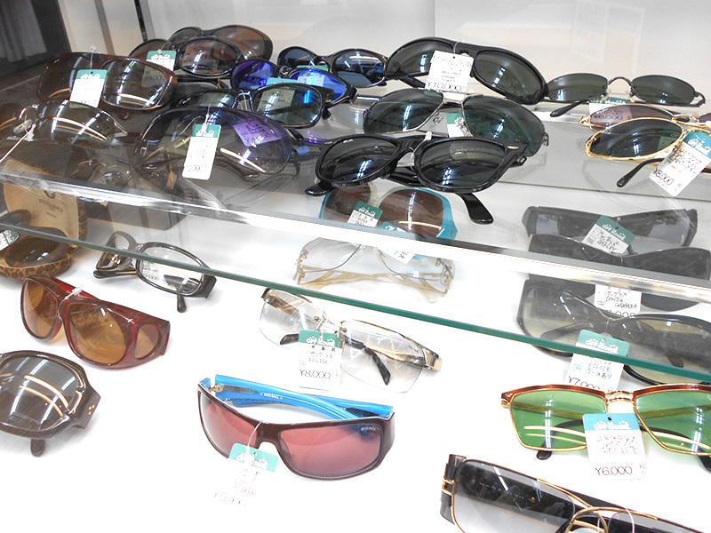 Raybanのサングラス増えてます! | オフハウス西尾店