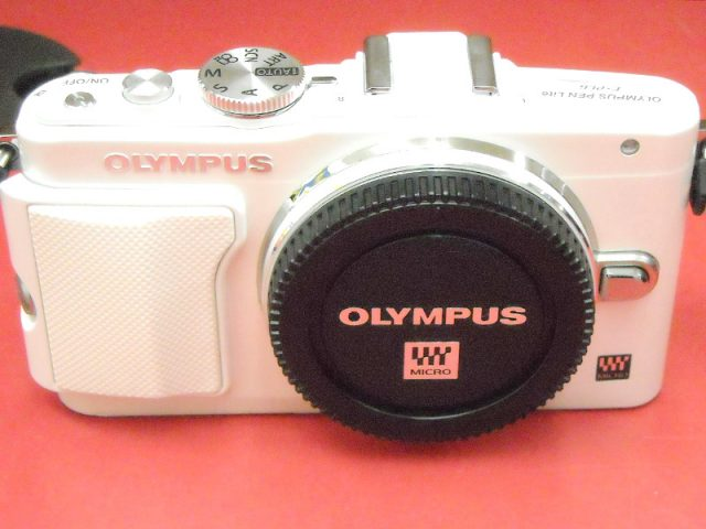 OLYMPUS ミラーレス一眼カメラ PEN Lite E-PL6 レンズキット | ハードオフ西尾店
