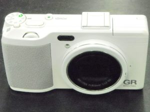 リコー デジタルカメラ GR DIGITAL Ⅳ ホワイトエディション | ハードオフ西尾店
