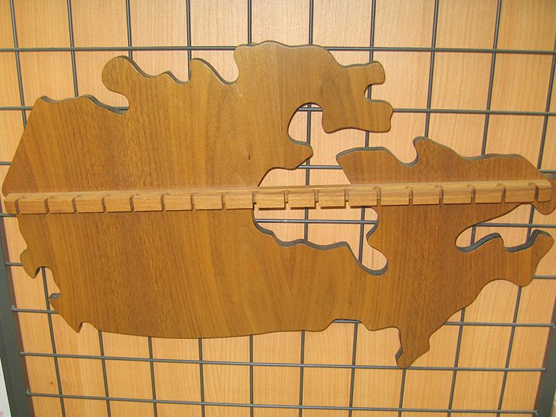 木製キーハンガー カナダの形   オフハウス三河安城店