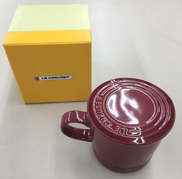 ル・クルーゼの蓋つきマグカップ入荷しました!| オフハウス豊田上郷店